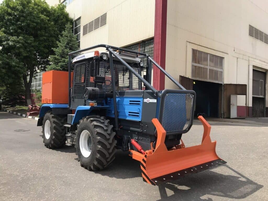 traktor lesnoy pozharniy